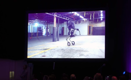 Boston Dynamics y Google cambian patas por ruedas para crear a Handle, su robot más ágil e impresionante