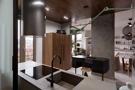 Puertas abiertas: un apartamento con detalles industriales y Kenzo style