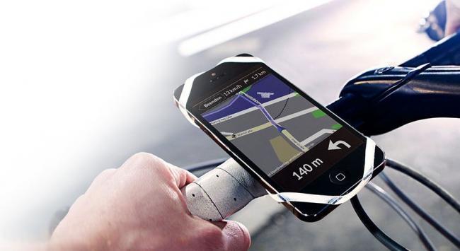 Finn o cómo sujetar tu smartphone en tu bici / moto de manera económica