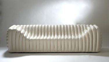 Bubble sofá de Versace, lleno de color