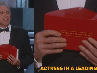Cómo es posible que los Oscar se equivocaran entregando el sobre de la mejor película