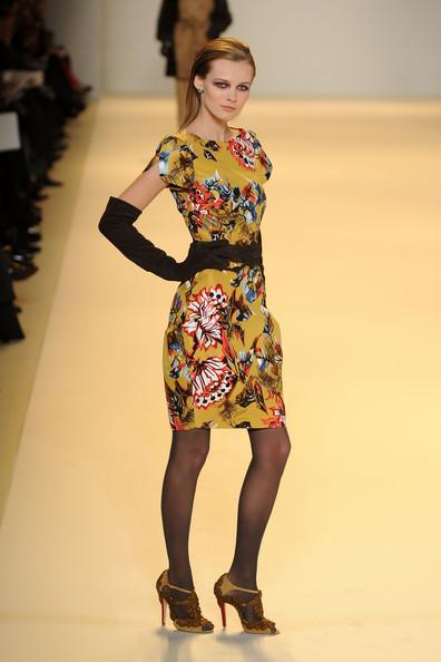 Foto de Carolina Herrera, Otoño-Invierno 2010/2011 en la Semana de la Moda de Nueva York (2/16)