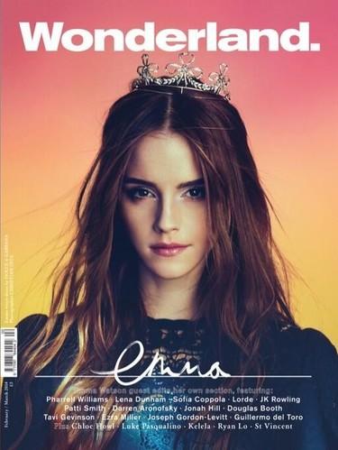 Cuando Emma Watson sale bien en una revista se ponga lo que se ponga
