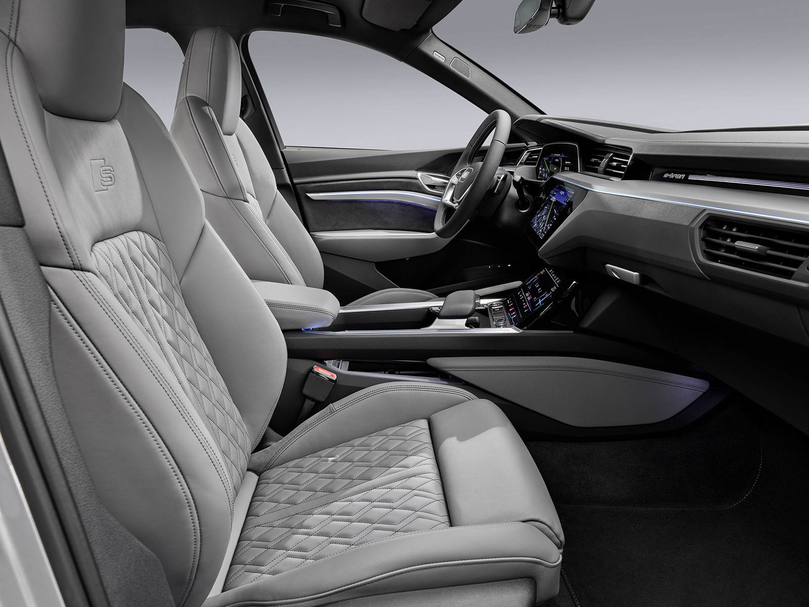 Foto de Audi e-tron Sportback (47/57)