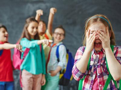 Mi hijo es demasiado bueno: cómo evitar que sea víctima del bullying
