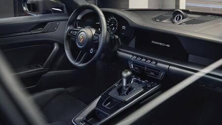Porsche 911 Gt3 Touring 2021 009