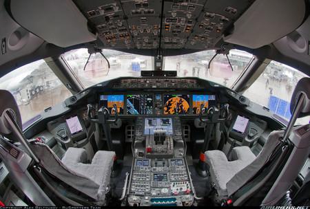 Boeing787cockpit