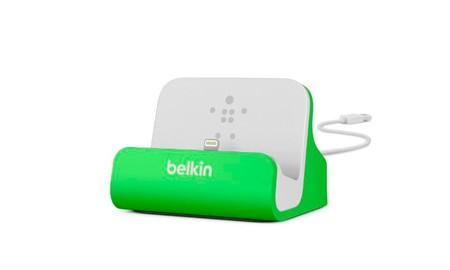 Belkin MixIt: base de carga para el iPhone en color verde en oferta flash de Amazon: 18,18 euros