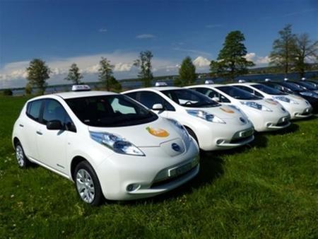 iTaxi amplía su flota Nissan LEAF en Suiza