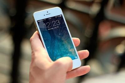 ¿Son privadas las fotos y vídeos que compartimos en aplicaciones en nuestro teléfono?