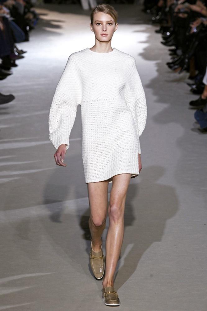 Foto de Stella McCartney Otoño-Invierno 2011/2012 en la Semana de la Moda de París:  (7/25)