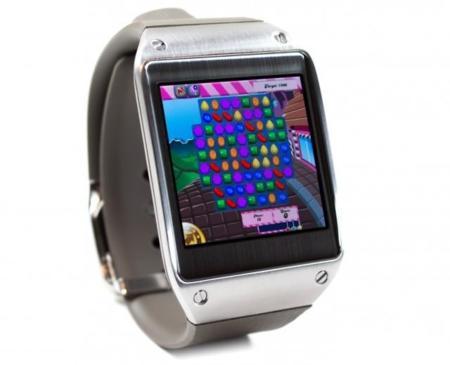 Android en miniatura o cómo jugar a Candy Crush en el smartwatch Samsung Galaxy Gear