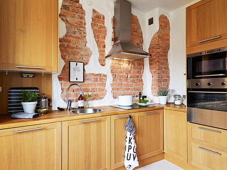 Detalle de ladrillo visto en cocina