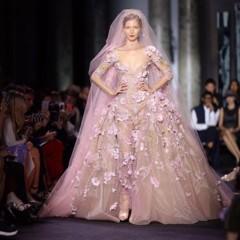 Foto 15 de 18 de la galería elie-saab-viste-de-alta-costura-a-madre-e-hijas en Trendencias
