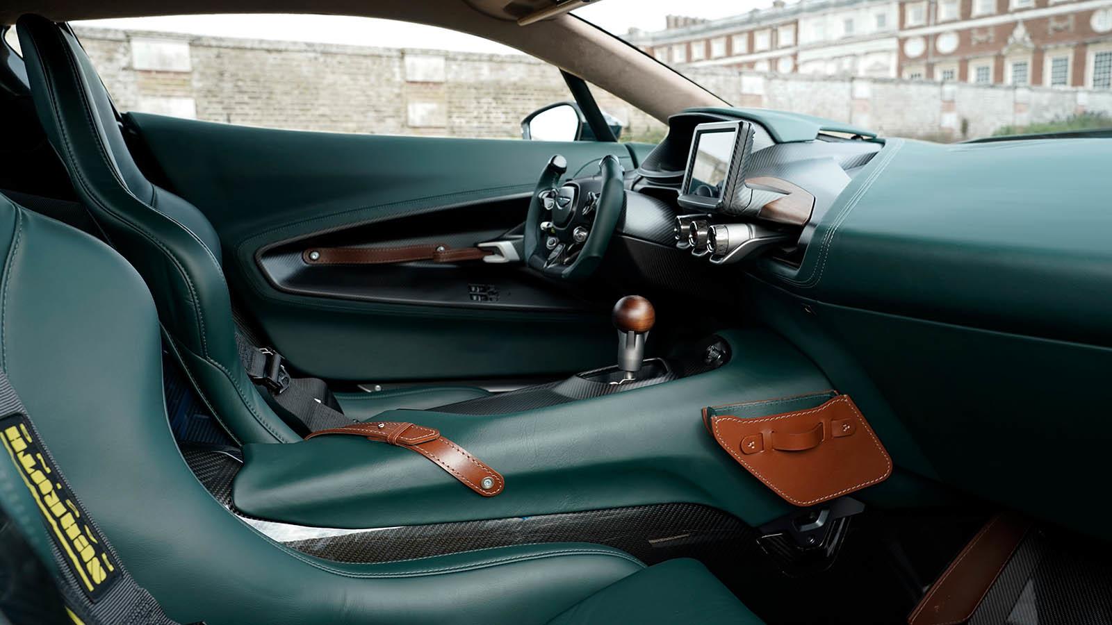 Foto de Aston Martin Victor (14/14)