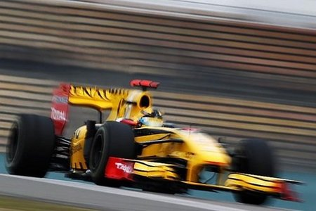 Robert Kubica a la expectativa en China