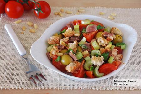 Panzanella con aceitunas y anchoas. Receta saludable