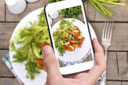 Siete aplicaciones móviles que pueden ayudarte a comer más sano este nuevo año
