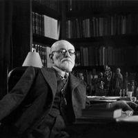 Obsesionado con su muerte y aterrado por el número 62: las delirantes manías de Sigmund Freud