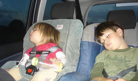 La Fiscalía de Seguridad Vial dispuesta a actuar contra los padres que no usen sistemas de retención infantil