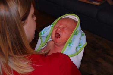 Consejos para prevenir y aliviar los gases del bebé
