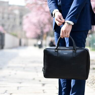 Bolsas y maletines para llevar el portátil en la vuelta a la oficina, ¿Cuál es mejor comprar? Consejos y recomendaciones