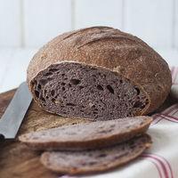 Hogaza de vino tinto y nueces: receta original de pan con y sin Thermomix