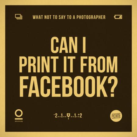 ¿Puedo imprimirla desde Facebook?