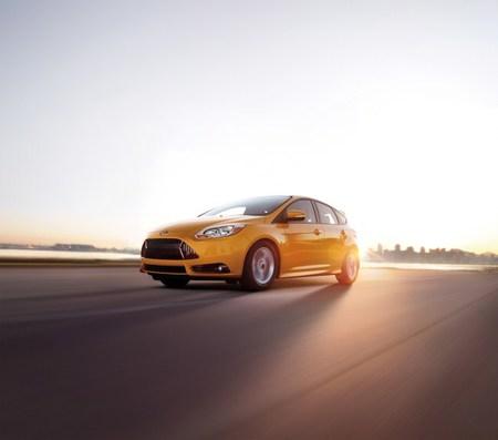 Pequeño adelanto del Ford Focus ST, repaso a la versión estadounidense