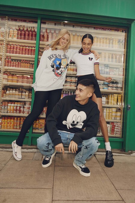 Mickey Mouse At Bershka 5
