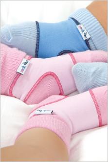 Sock ons, para que tu bebé no pierda los calcetines