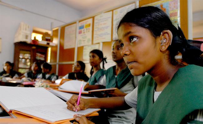 Alumnos pobres, estudiantes ricos: acabar con la segregación en las escuelas beneficia a todos