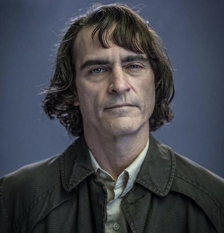 Joaquin Phoenix como Arthur Fleck