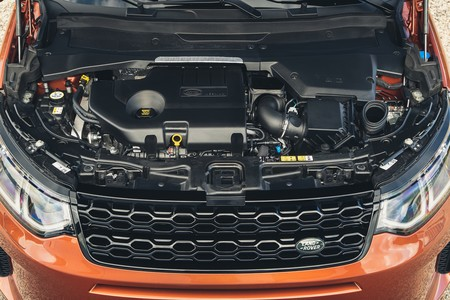 Land Rover Discovery Sport 2019 002