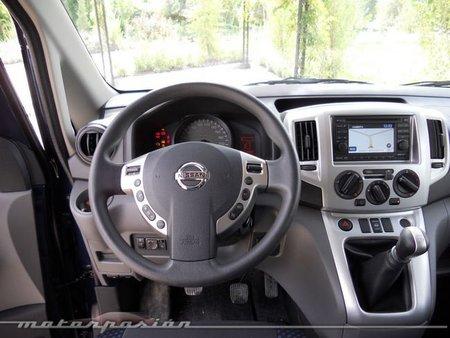 Nissan Evalia 4