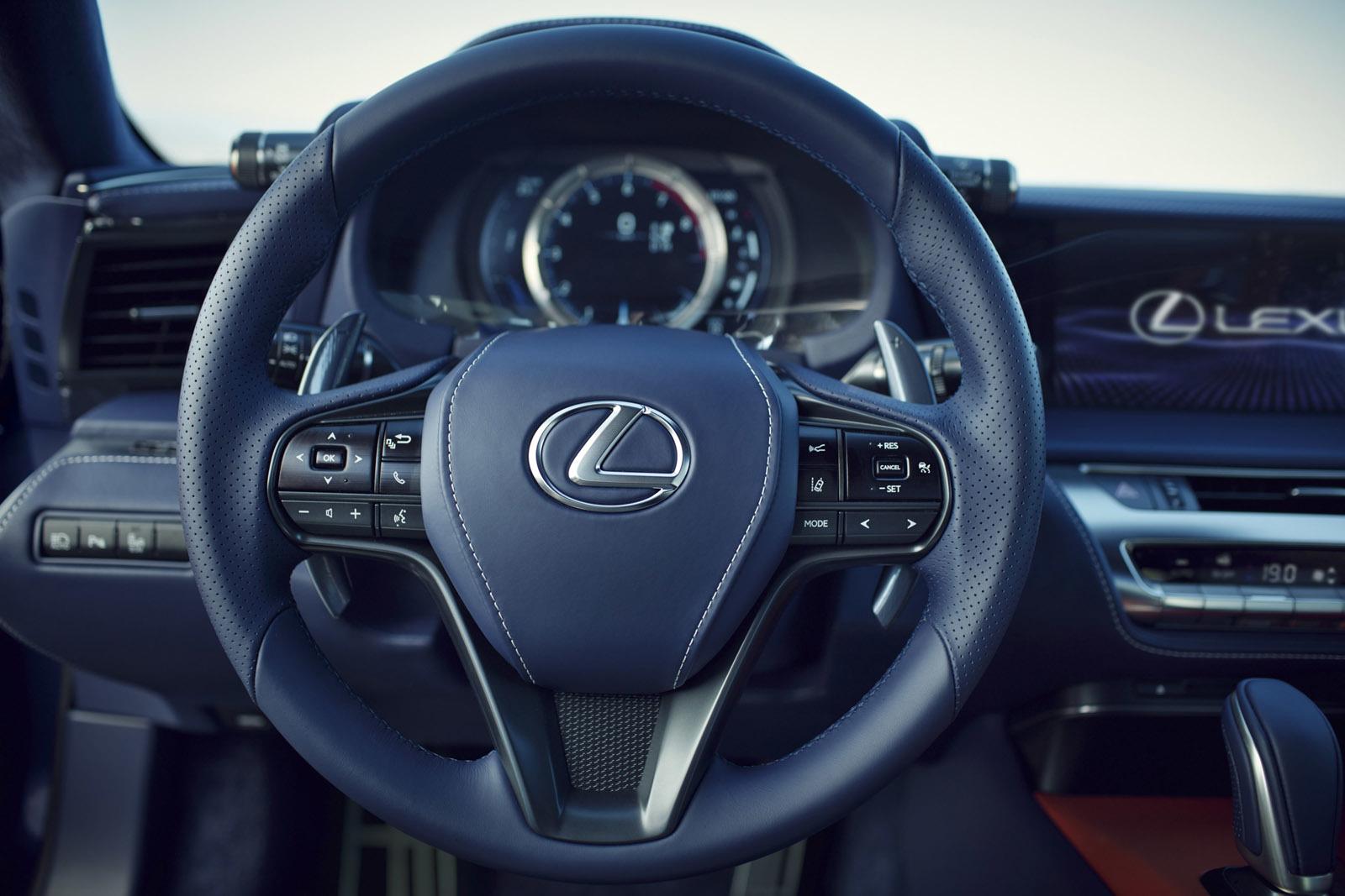 Foto de Lexus LC 500h (20/49)