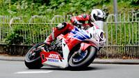 IOMTT 2013: Michael Dunlop arrasa en las tres primeras carreras