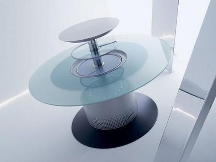 Mesa con nevera incorporada
