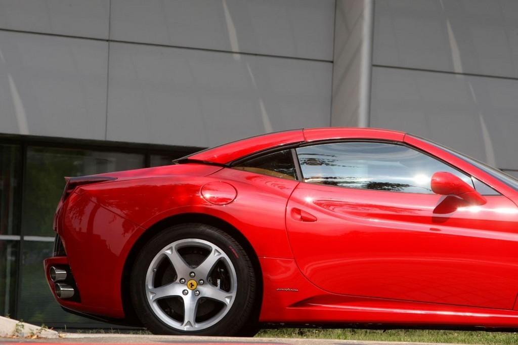 Foto de Ferrari California (8/50)