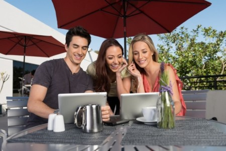 Kingston MobileLite Wireless, disco externo Wifi que además recarga tu teléfono