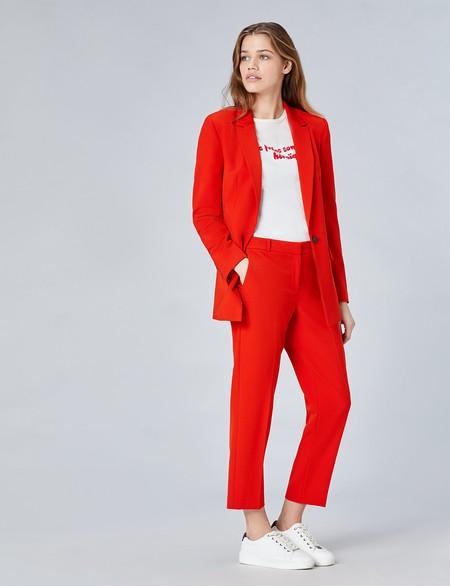 Find Traje Rojo Chaqueta 60 Pantalon 35 Deportivas 42