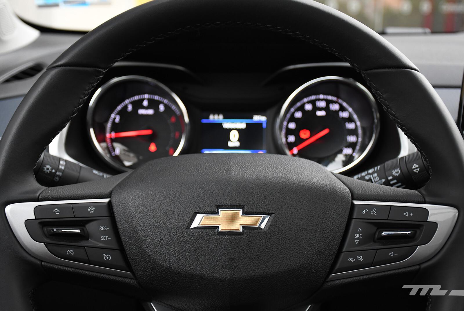 Foto de Chevrolet Tracker vs. Volkswagen T-Cross (comparativa) (15/29)
