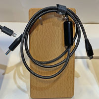 Este ingenioso cable USB-C de Anker promete poder cargar desde portátiles viejos hasta maquinillas de afeitar