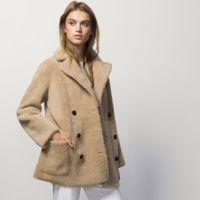 El abrigo de Massimo Dutti que te escandalizará por su precio