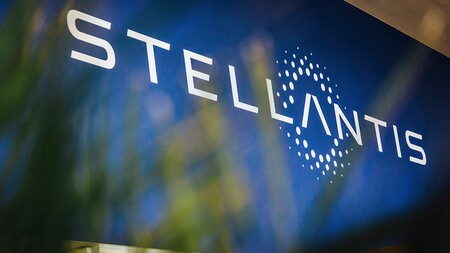 Stellantis anuncia su ofensiva eléctrica: cuatro plataformas nuevas, cinco gigafactorías y una inversión de 33.000 millones