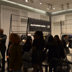 Foto 7 de 27 de la galería alexander-wang-x-h-m-la-coleccion-llega-a-tienda-madrid-gran-via en Trendencias