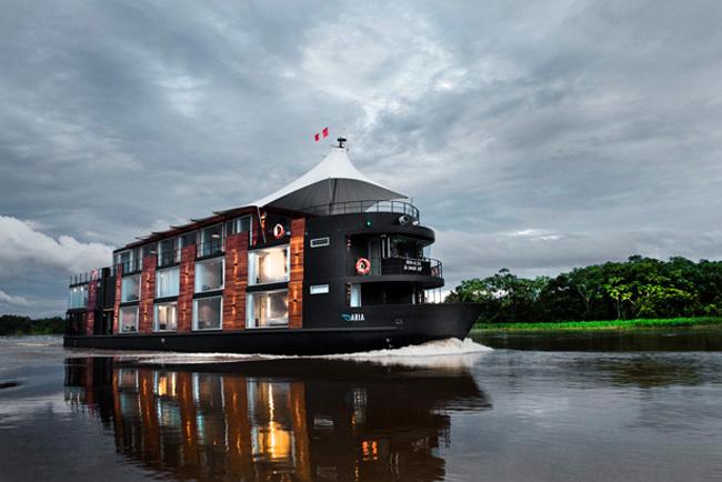 hotel flotante - exterior