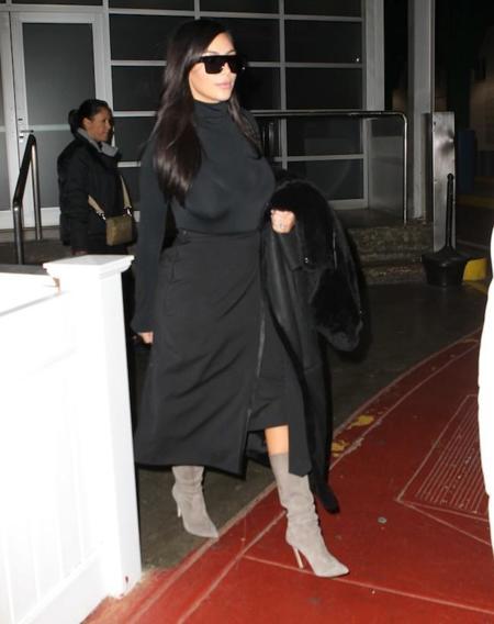 Look Kim Kardashian Falda