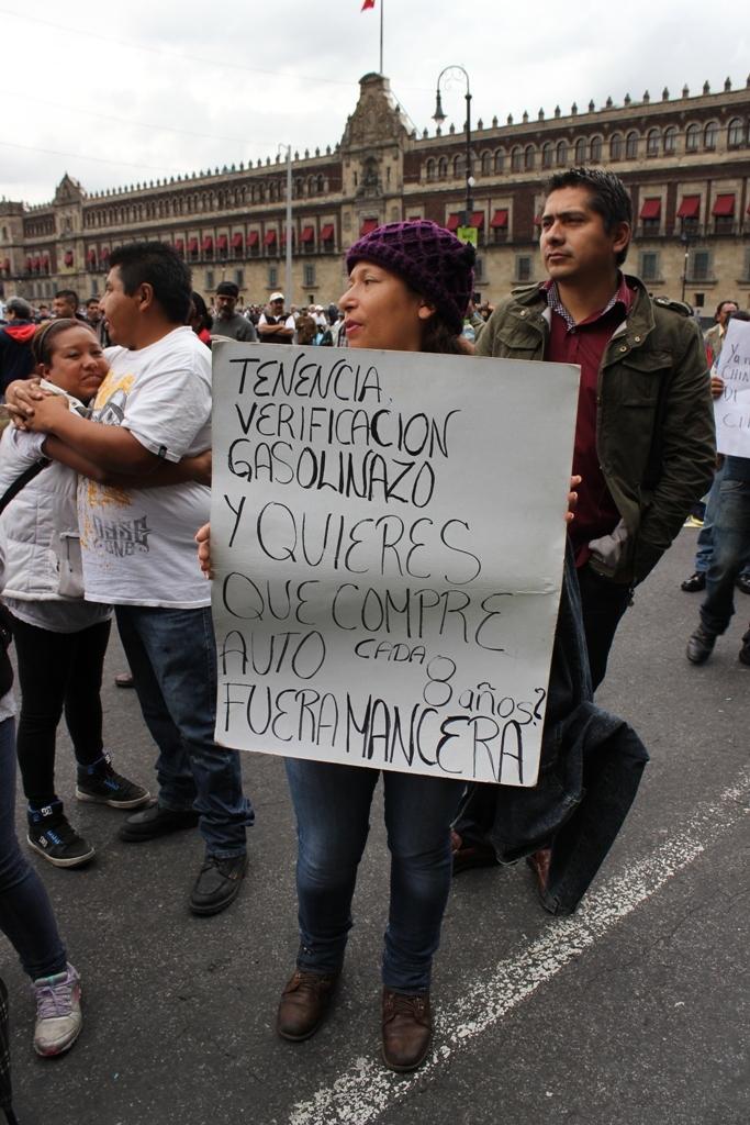 """Entrevista: hablan los afectados por el nuevo """"Hoy No Circula"""""""