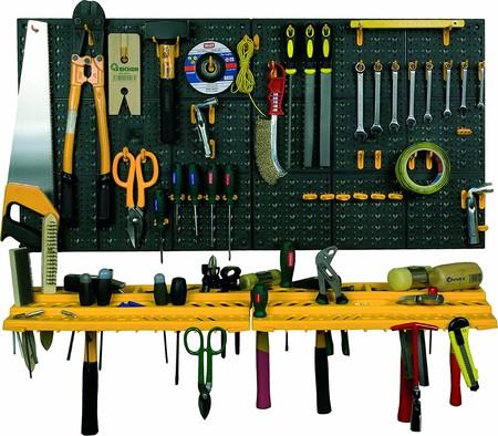 Todas tus herramientas organizadas con el estante de pared con repisa ArtPlast por sólo 12,90 euros en Amazon